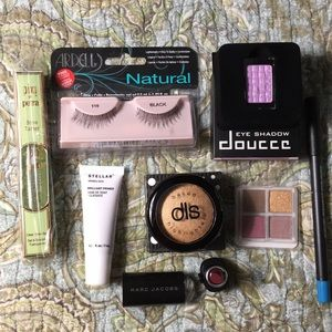 Makeup Lot Eyeshadows, Highlighter, primer, Lot